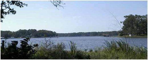 Lake Holbrook (Texas) wwwlakehousecomfilescat2398jpg