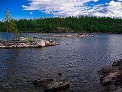 Lake Kovdozero httpsuploadwikimediaorgwikipediacommonsthu