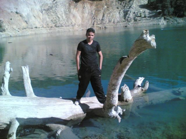 Lake Tiguelmamine 4bpblogspotcom8Q7SWmx4XYUUJf3U4kvIAAAAAAA