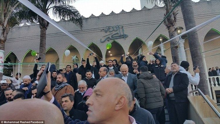 Lakemba Mosque Muslims in Sydney39s Lakemba Mosque mark the end of Ramadan and start