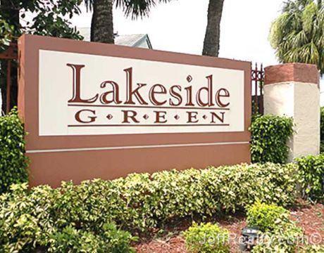 Lakeside Green, Florida wwwjeffrealtycomimagescustomareas7205featbi
