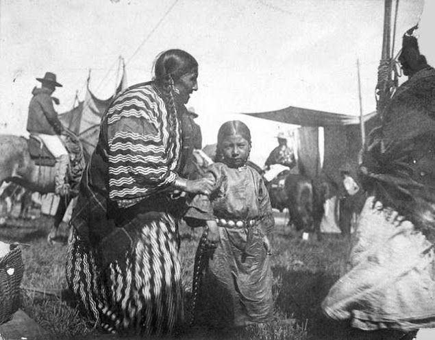 Lakota people 1000 images about Historical Lakota Photos on Pinterest