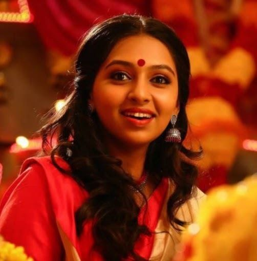 Lakshmi Menon (actress) httpslh6googleusercontentcomwa032eRDzCUAAA