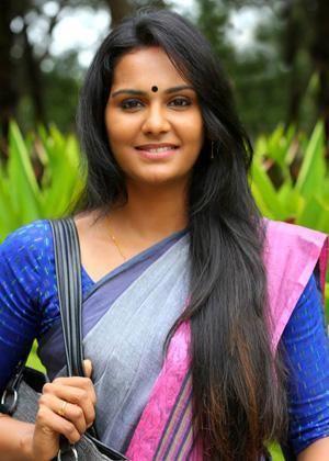 Lakshmi Priyaa Chandramouli Lakshmi Priyaa Chandramouli profile family wiki Age Affairs