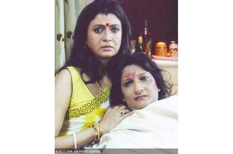 Lal Ronger Duniya movie scenes photo lal ronger duniya