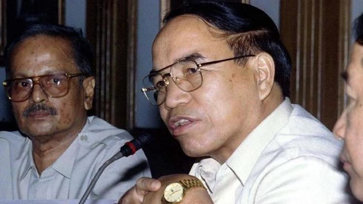 Laldenga Mizorams exCM Zoramthanga a rebelturnedpolitician pens history