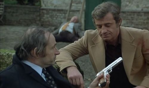 LAlpagueur movie scenes Doumecq gives the pistol to L Alpagueur