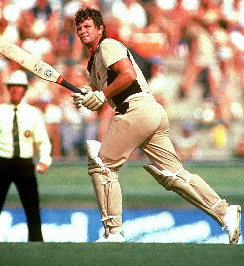 Lance Cairns (Cricketer) in the past
