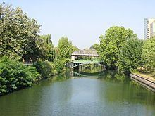 Landwehr Canal httpsuploadwikimediaorgwikipediacommonsthu