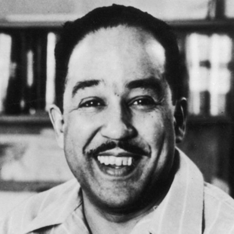 Langston Hughes httpswwwbiographycomimagetshareMTE5NDg0M