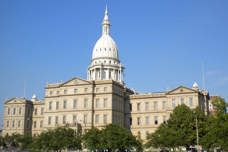 Lansing, Michigan httpsuploadwikimediaorgwikipediaen77fLes
