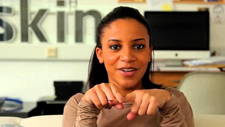 Larissa Wilson Larissa Wilson says Subscribe YouTube
