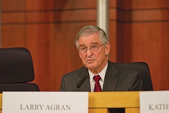 Larry Agran Larry Agran Spent 200 Million At Great Park But His Adviser Scores