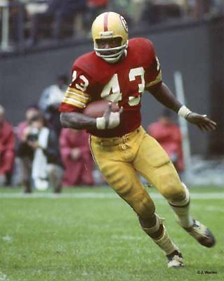 Larry Brown (running back) Best 25 Nfl football players ideas only on Pinterest Sports heads