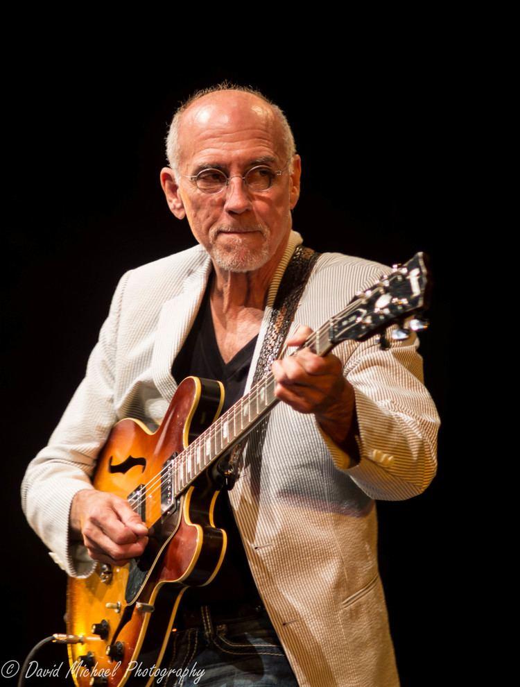 Larry Carlton Larry Carlton Quartet Bruce Mason Centre June 6 2014