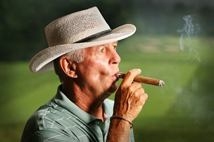 Larry Laoretti Champions Tour Larry Laoretti cigars Golf Digest