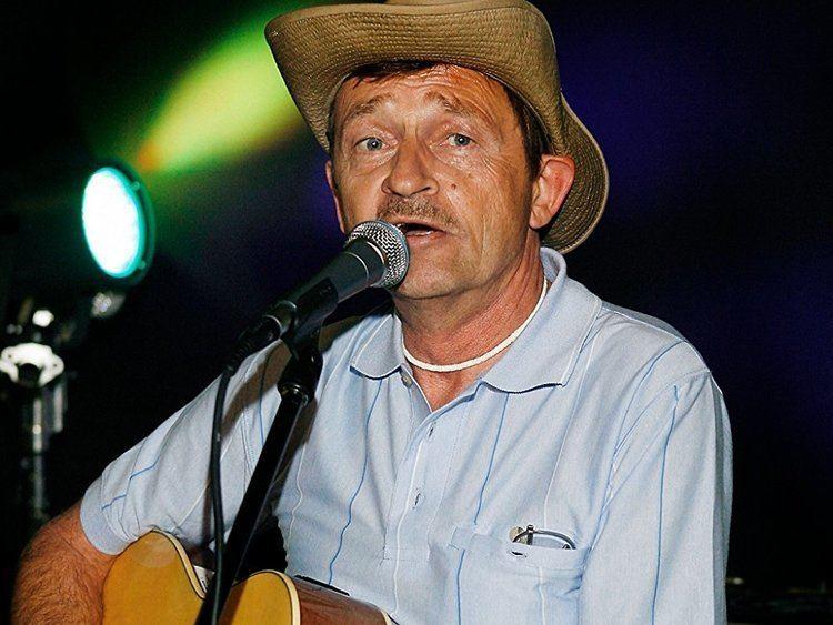 Larry Pierce (singer) Amazoncom Larry Pierce Songs Albums Pictures Bios