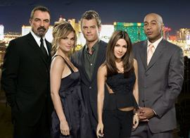 Las Vegas (TV series) Las Vegas NBC in Trouble Over Series Finale Did This Cause the
