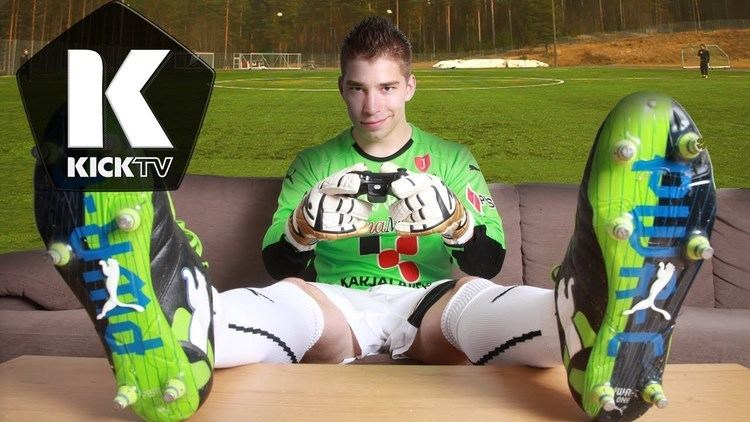 Lassi Hurskainen A Day with Lassi Hurskainen Goalkeeper Trick Shots Ep
