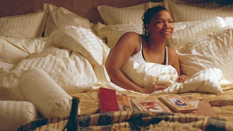 Last Holiday (2006 film) Last Holiday 2006 Queen Latifah Timothy Hutton movies YouTube