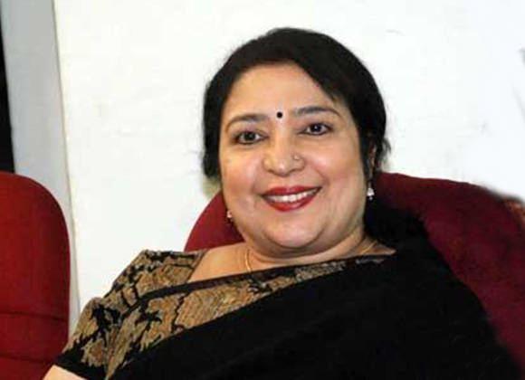 Latha (actress) Latha Rao At Kadikhara Manithargal Movie Shooting Spot