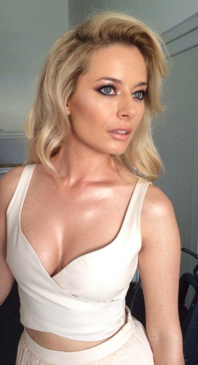 Ellie Goulding Nude Photos 50