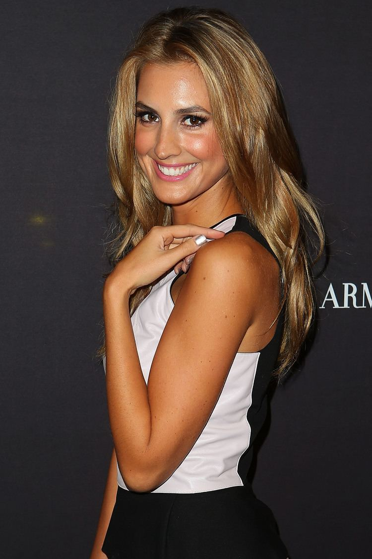 Laura Dundovic Laura Dundovic Aussie Celebs Step Out For the Opening of