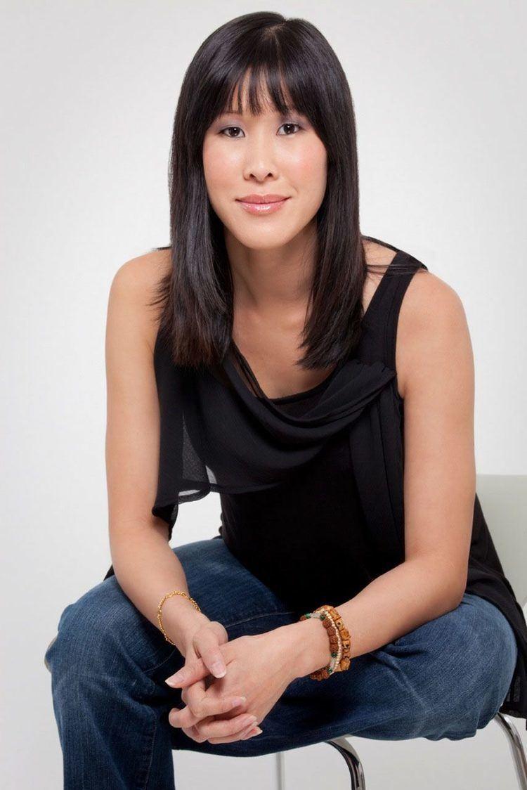 Laura Ling prdevgsuedufiles201410LingLauraPhotoHigh