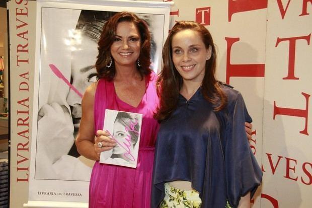 Laura Malin EGO Noite de autgrafos da biografia de Luiza Brunet