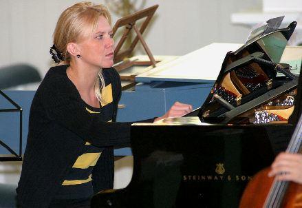 Laura Mikkola Nagu Chamber Music Festival 2008