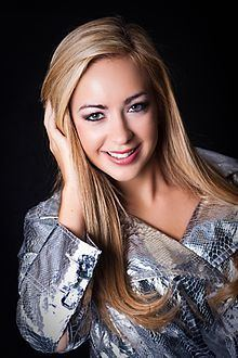 Lauren Galley httpsuploadwikimediaorgwikipediacommonsthu