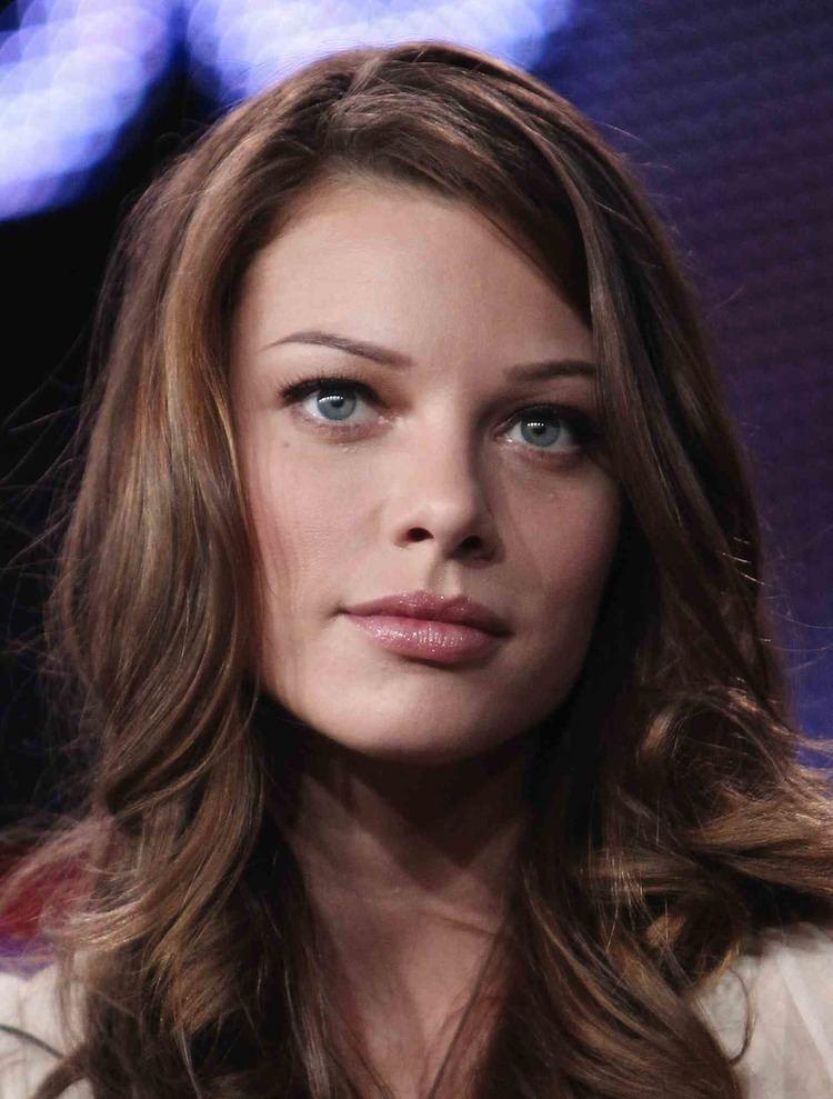 Lauren German Terra Nova39s Allison Miller Joins NBC39s 39Go On39 Lauren