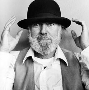 Lawrence Ferlinghetti httpswwwpoetsorgsitesdefaultfilesstyles2