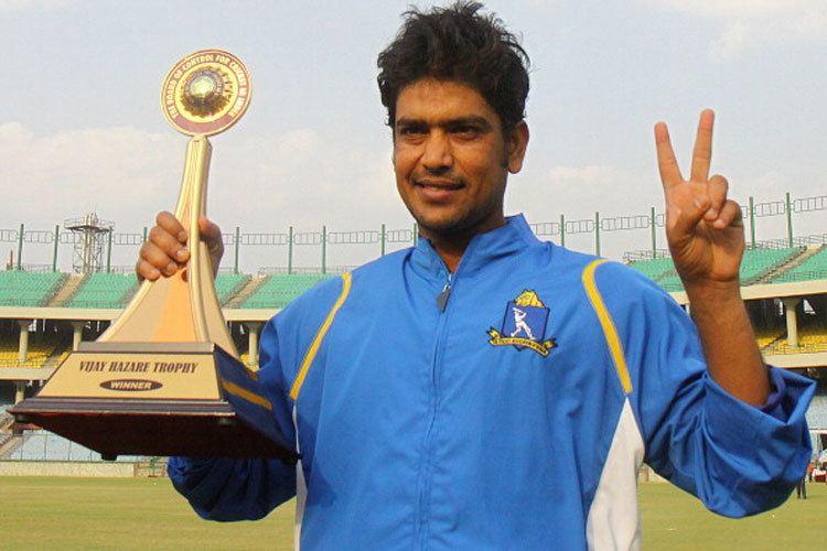 CAB hails Laxmi Ratan Shuklas contribution in Bengal cricket