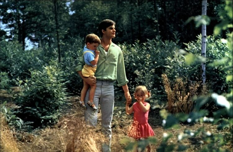 Le Bonheur (1965 film) Mozart in Le Bonheur 1965 Agns Varda Celluloid Wicker Man