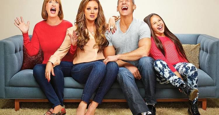 Leah Remini: It's All Relative Leah Remini39s Reality Show Gets Season 2 at TLC Us Weekly
