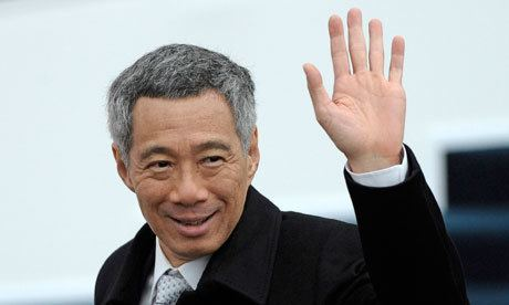 Lee Hsien Loong Singapore snip prime minister takes big pay cut World