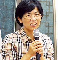 Lee Jung-hee httpsuploadwikimediaorgwikipediacommonsthu