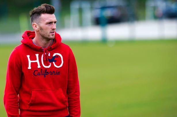 Lee Miller (footballer) Kilmarnock sign former Hearts amp Aberdeen frontman Lee