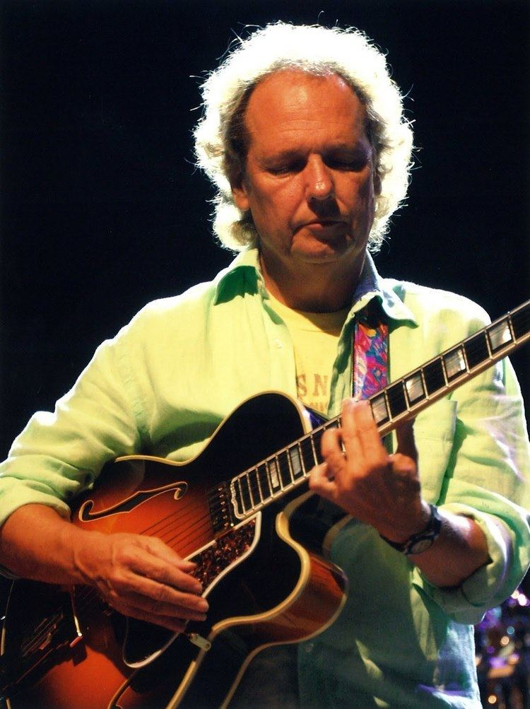 Lee Ritenour Best eleven brilliant quotes by lee ritenour picture French