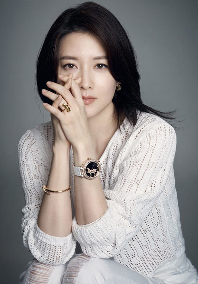 Lee Young-ae Ageless Lee Young Ae For Style Chosun Couch Kimchi