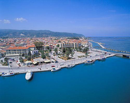 Lefkada (city) wwwpensiongennygrimageslefkasprevlefkastownjpg