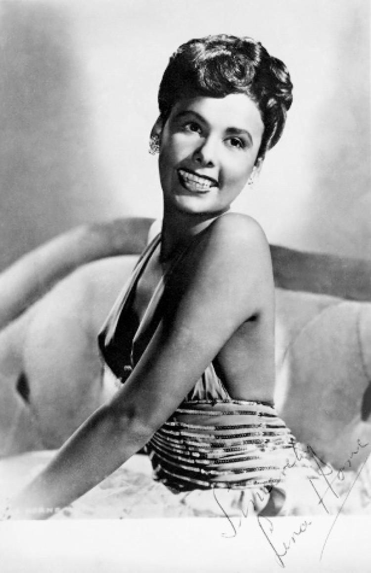 Lena Horne Lena Hornes death at age 92 leaves a shadow over Broadway slide 1