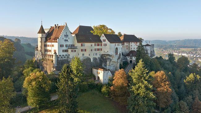 Lenzburg httpsimgmyswitzerlandcommysn66047imagesbu