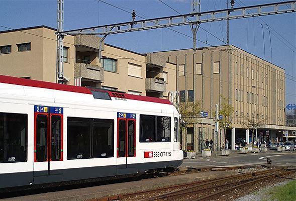 Lenzburg railway station