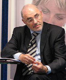 Leo Apotheker httpsuploadwikimediaorgwikipediacommonsthu