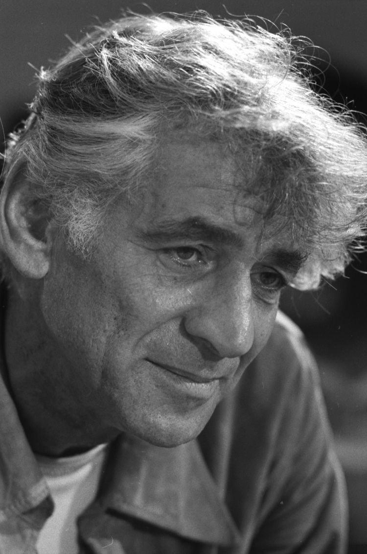Leonard Bernstein Leonard Bernstein Wikipedia the free encyclopedia