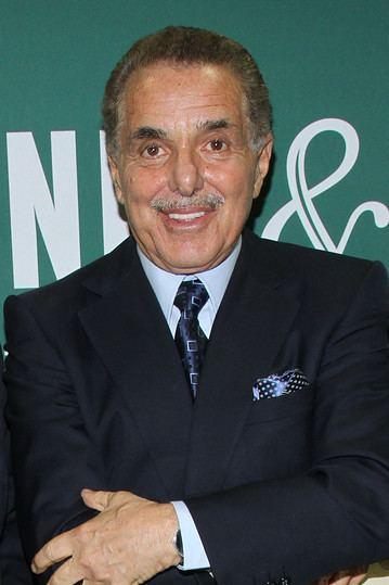 Leonard Riggio Barnes amp Noble Chairman Books a 40 Million Loss on Stock