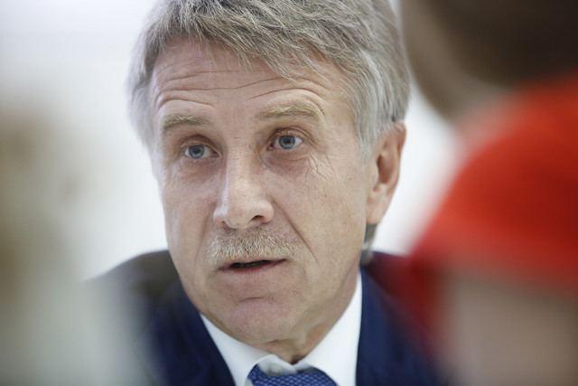 Leonid Mikhelson Leonid Mikhelson Sells China 20 Of His Yamal Liquid