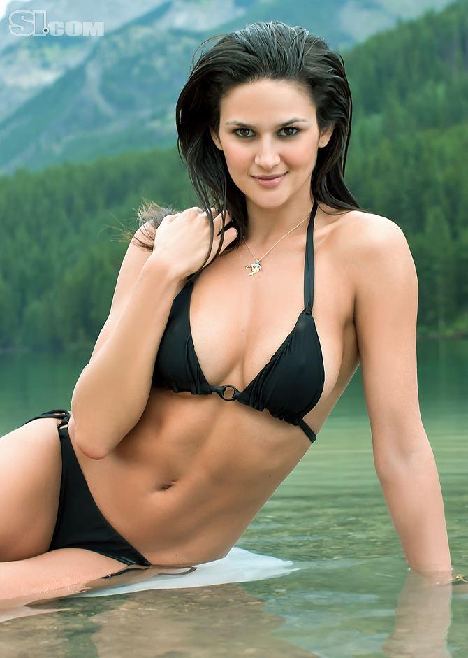 Leryn Franco Leryn Franco Health Fitness Height Weight Bust Waist